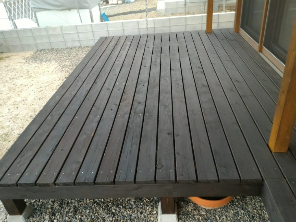 木部用撥水材サーファポアWを塗布後1年経った様子