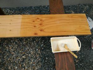 木部用撥水材サーファポアWを塗布直後の様子